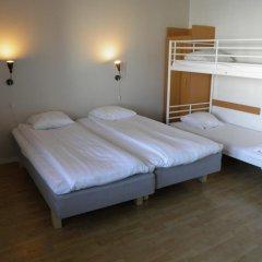 Euroway Hotel 3* Стандартный семейный номер с двуспальной кроватью