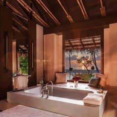 Отель One&Only Reethi Rah 5* Номер категории Премиум с различными типами кроватей фото 16