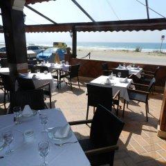 Отель Hostal El Alferez Испания, Вехер-де-ла-Фронтера - отзывы, цены и фото номеров - забронировать отель Hostal El Alferez онлайн питание фото 3