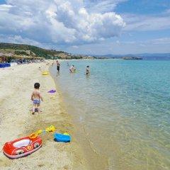 Отель Evangelia's Family House Греция, Ситония - отзывы, цены и фото номеров - забронировать отель Evangelia's Family House онлайн пляж фото 2
