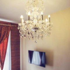 Отель Lódzki Palacyk 3* Стандартный номер с двуспальной кроватью (общая ванная комната) фото 9