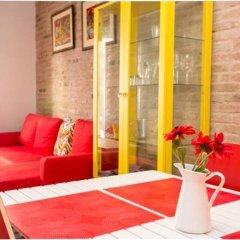 Апартаменты Apartment Poble Sec Барселона комната для гостей фото 3