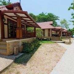 Отель Sayang Beach Resort парковка