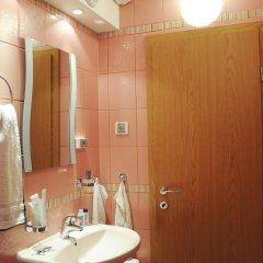Отель Derelli Deluxe Apartment Болгария, София - отзывы, цены и фото номеров - забронировать отель Derelli Deluxe Apartment онлайн ванная