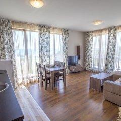 Апартаменты Diamond Beach Apartments Бургас комната для гостей