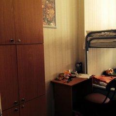 Хостел Актив Кровать в общем номере с двухъярусной кроватью фото 15