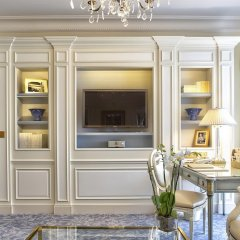 Отель Four Seasons George V Paris интерьер отеля фото 2