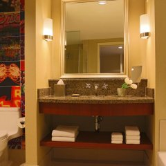 Renaissance Las Vegas Hotel 4* Стандартный номер с различными типами кроватей