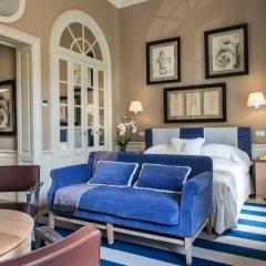 Отель Palazzo Vecchietti - Residenza D'Epoca 5* Номер Делюкс с различными типами кроватей