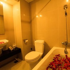 Отель Paragon Villa Hotel Вьетнам, Нячанг - 2 отзыва об отеле, цены и фото номеров - забронировать отель Paragon Villa Hotel онлайн ванная фото 2