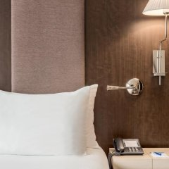 Отель NH Brussels Stéphanie 4* Стандартный номер с различными типами кроватей фото 5