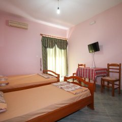 Отель Villa Edi&Linda Албания, Ксамил - отзывы, цены и фото номеров - забронировать отель Villa Edi&Linda онлайн комната для гостей фото 2
