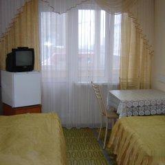 Отель Биц 3* Кровать в общем номере фото 2