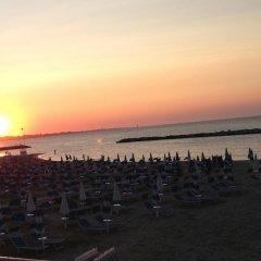 Hotel Villa Del Parco Римини пляж