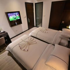Hanoi Emerald Waters Hotel Trendy 3* Номер Делюкс с различными типами кроватей фото 17