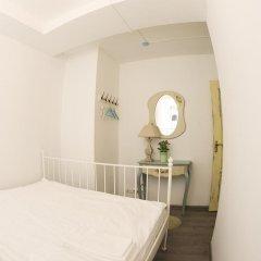 Хостел GOROD Патриаршие Номер с различными типами кроватей (общая ванная комната) фото 11