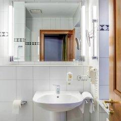 Hotel Fischerwirt Исманинг ванная