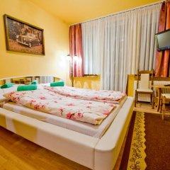 Отель DW Chalubinski 2 комната для гостей