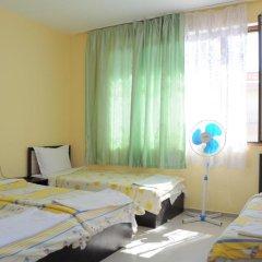 Отель Ivanka Guest House Стандартный номер фото 22