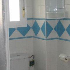 Отель Apartamentos Perez Zara ванная