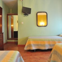 Отель Hostal Europa удобства в номере фото 2