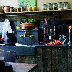 Отель Exclusive Guesthouse Bonifacius гостиничный бар