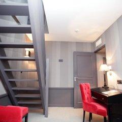 Отель Hôtel Alexandra 4* Номер Премиум с различными типами кроватей фото 6