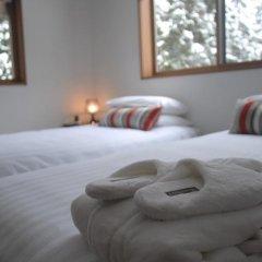 Отель Bears Den Mountain Lodge Хакуба комната для гостей фото 3