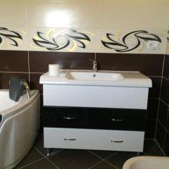 Отель Emigranti Албания, Шкодер - отзывы, цены и фото номеров - забронировать отель Emigranti онлайн ванная фото 2