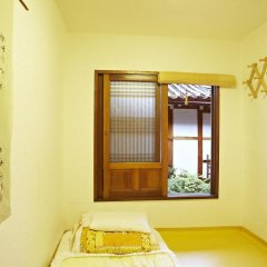 Отель Mumum Hanok Guesthouse 3* Стандартный номер с двуспальной кроватью фото 3