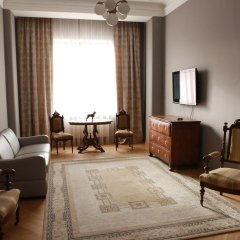 Гостиница Британский Клуб во Львове 4* Улучшенные апартаменты с разными типами кроватей фото 9