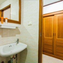 Отель Baan Paradise 2* Улучшенный номер с различными типами кроватей фото 5