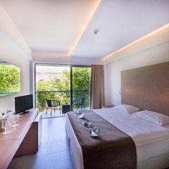 Отель Oktober Down Town Rooms 3* Стандартный номер с различными типами кроватей фото 4