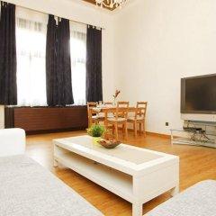 Апартаменты Outer Bailey комната для гостей фото 5