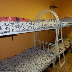 Гостиница Yourhostel Svyatoshino Кровать в общем номере с двухъярусной кроватью фото 11