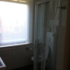 Отель Tulipana Residence Нидерланды, Амстердам - отзывы, цены и фото номеров - забронировать отель Tulipana Residence онлайн ванная