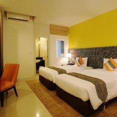 Отель Legacy Express Sukhumvit by Compass Hospitality 3* Улучшенный номер с различными типами кроватей фото 8