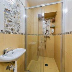 Гостиница HQ Hostelberry Кровать в общем номере с двухъярусной кроватью фото 50