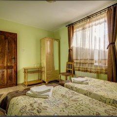 Отель Guest House Konakat Болгария, Чепеларе - отзывы, цены и фото номеров - забронировать отель Guest House Konakat онлайн комната для гостей фото 4