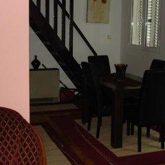 Отель Bjelica Apartments Черногория, Будва - отзывы, цены и фото номеров - забронировать отель Bjelica Apartments онлайн интерьер отеля