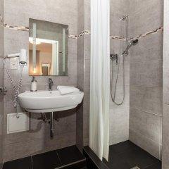 Отель Urban Stay Villa Cicubo Salzburg Австрия, Зальцбург - 3 отзыва об отеле, цены и фото номеров - забронировать отель Urban Stay Villa Cicubo Salzburg онлайн ванная фото 6