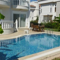 Отель Belek Villa & Family House Денизяка бассейн