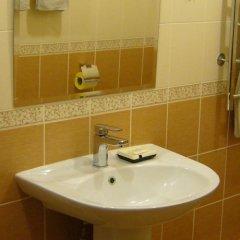 Гостиница Аэлита в Калуге 8 отзывов об отеле, цены и фото номеров - забронировать гостиницу Аэлита онлайн Калуга ванная