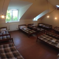Хостел В центре Кровать в общем номере фото 17