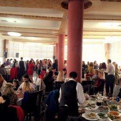 Отель Prince of Lake Hotel Албания, Шенджин - отзывы, цены и фото номеров - забронировать отель Prince of Lake Hotel онлайн помещение для мероприятий