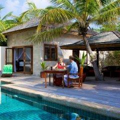 Отель Kuredu Island Resort 4* Вилла с различными типами кроватей фото 13