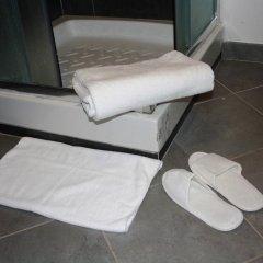 Отель Salotto Piramide B&B Стандартный номер с двуспальной кроватью (общая ванная комната) фото 4