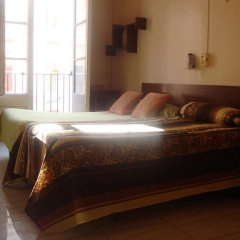 Hostel Turisol Барселона комната для гостей