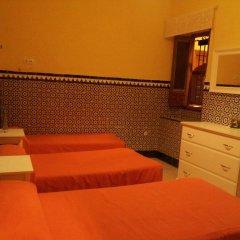 Отель Pension Catedral 2* Стандартный номер с двухъярусной кроватью (общая ванная комната) фото 2