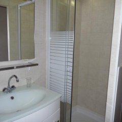 Отель Hôtel Résidence Saint Ouen Франция, Сент-Уэн-сюр-Сен - отзывы, цены и фото номеров - забронировать отель Hôtel Résidence Saint Ouen онлайн ванная